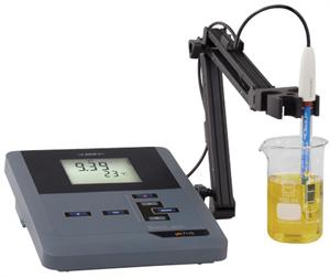 inoLab pH 7110 with Stand and Electrode